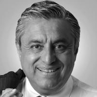 Columnas de Carlos Macías Palma