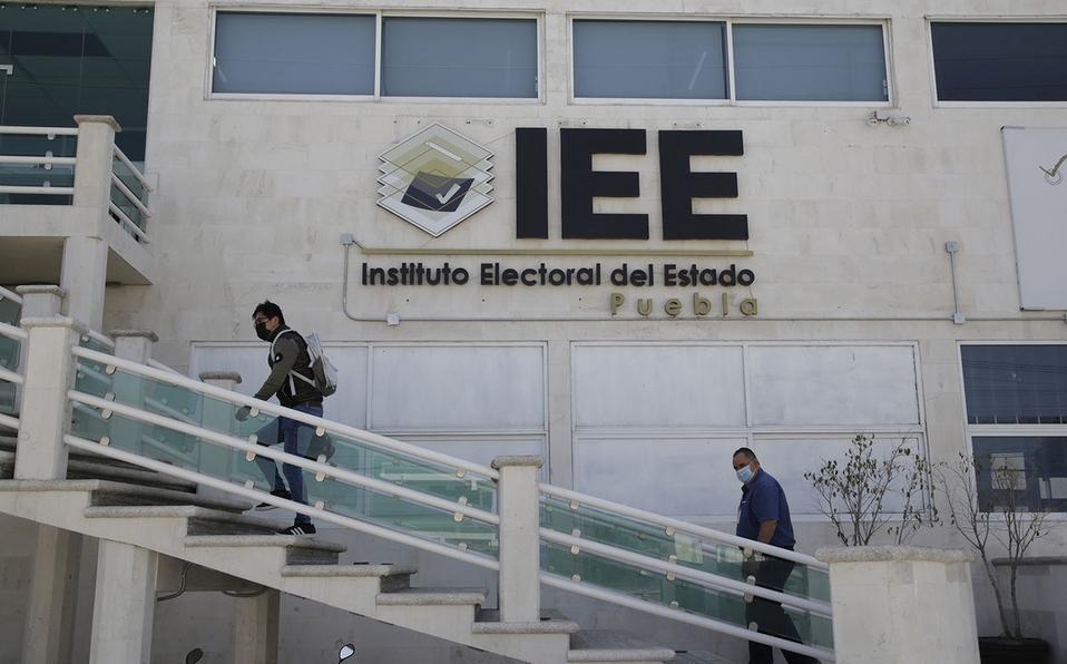 """¿El secretario """"ejecutor"""" del IEE?"""