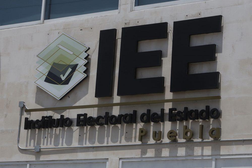 Acusan que trabajadores del IEE con Covid regresan a laborar sin recuperarse