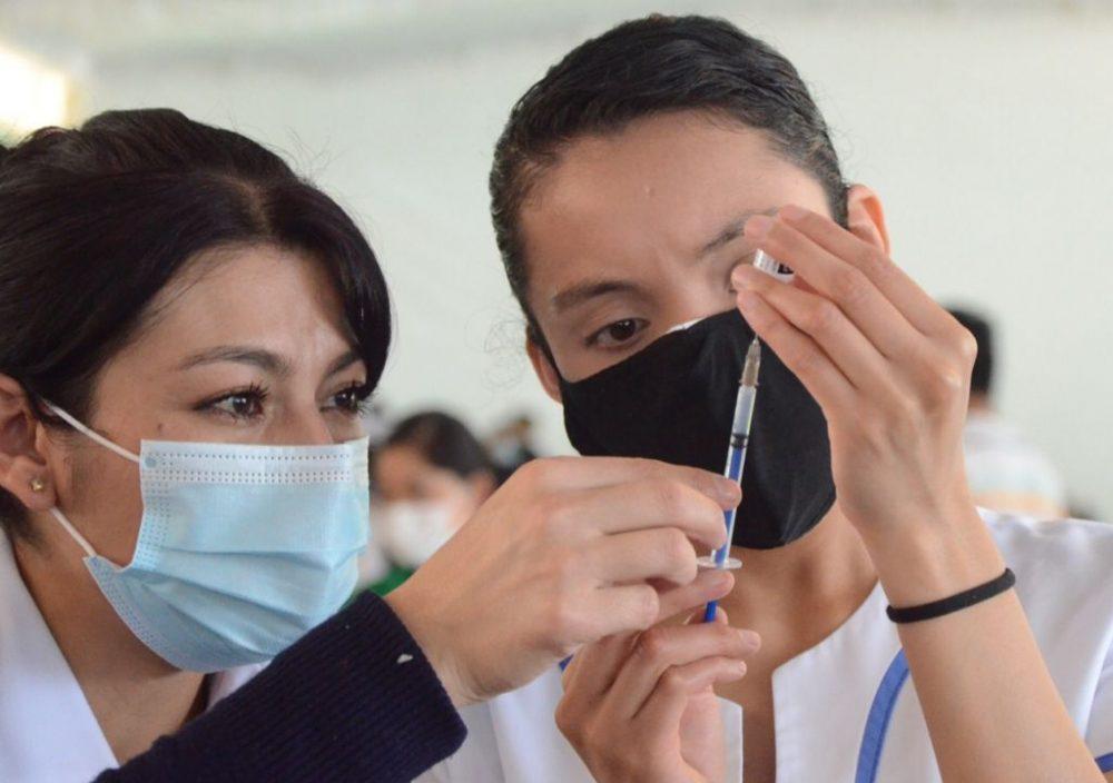 Se prevé una lluvia de amparos para vacunas de menores de edad en Puebla