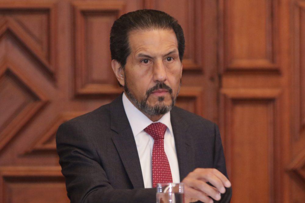 Esparza Ortiz vota en elección para escoger a su sucesor; la califica de histórica