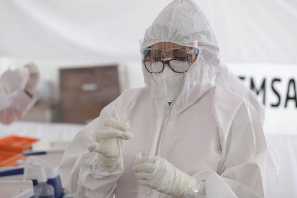 OMS duda que un alto índice de vacunación detenga la pandemia