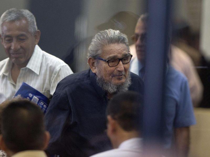 Fallece Abimael Guzmán, fundador del grupo guerrillero Sendero Luminoso