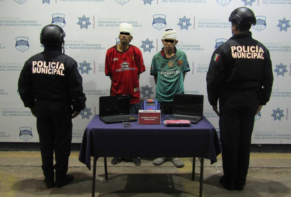 Policía municipal detuvo a dos hombres por robo a casa habitación