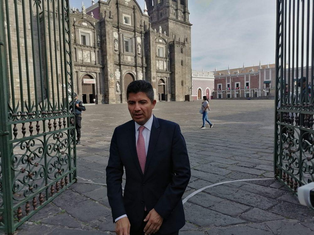 Busca Eduardo Rivera rescatar los recursos del mercado Amalucan
