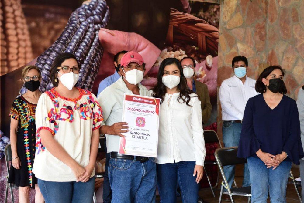 Celebra Ayuntamiento de Puebla Día Municipal de los Maíces Nativos