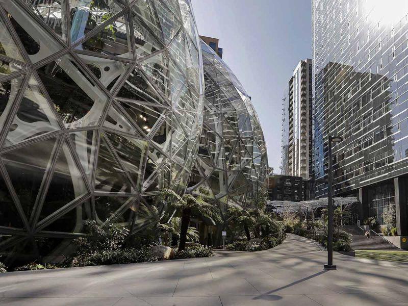 Empleados de Amazon continuarán en home office indefinidamente