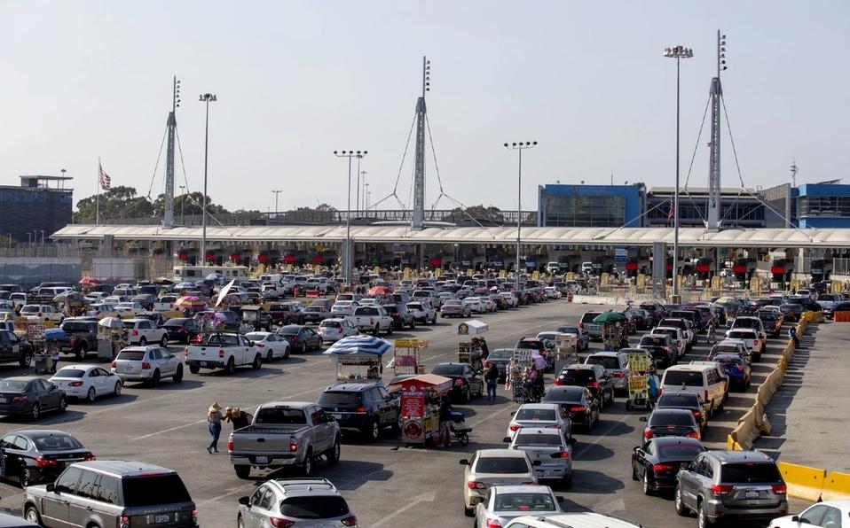 Estos son los requisitos para cruzar la frontera de México y EU